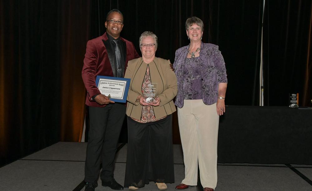 Janice Cipparrone Pet Express Lifetime Achievement Award